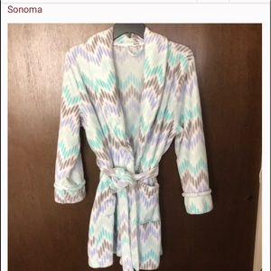 Sonoma multi colored short robe
